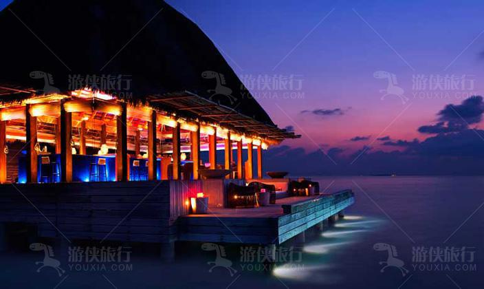 港丽岛的水下餐厅