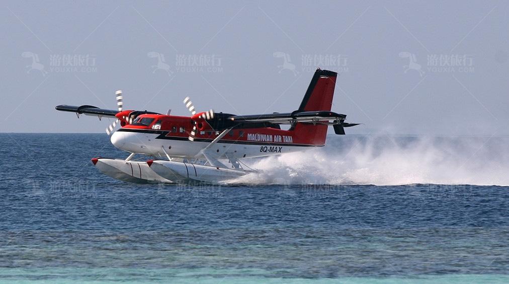 新奇的水上飞机