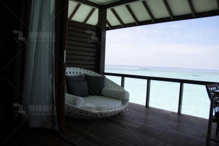 卧室面对的阳台