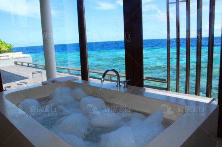 面朝大海的泡泡浴