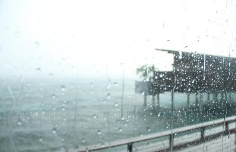 马尔代夫的一场雨