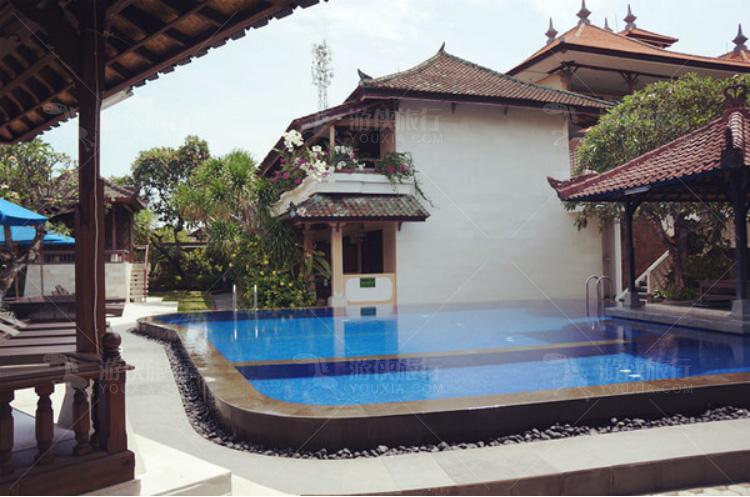 Villa的公共泳池