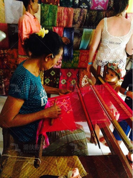 巴厘岛的手工织物