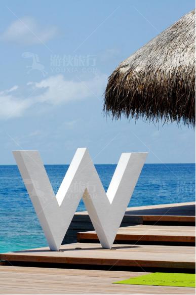 """宁静岛的标志""""W"""",寓意"""