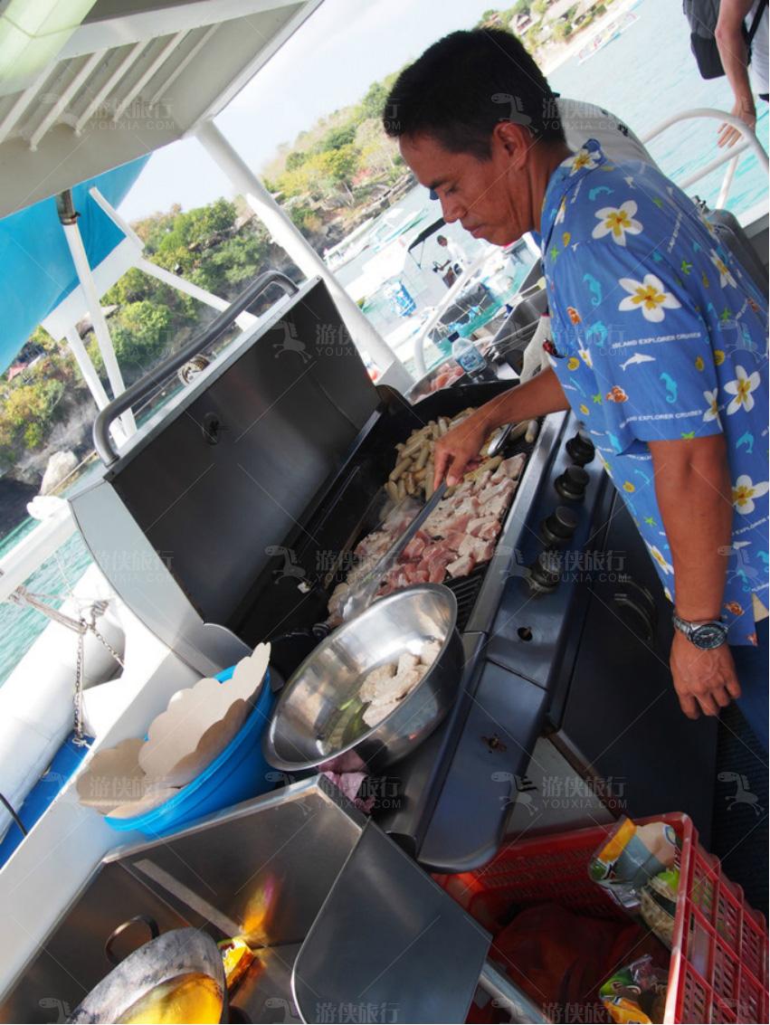 船上BBQ午餐