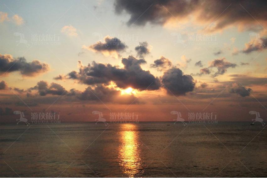 全球最美的十大落日海滩