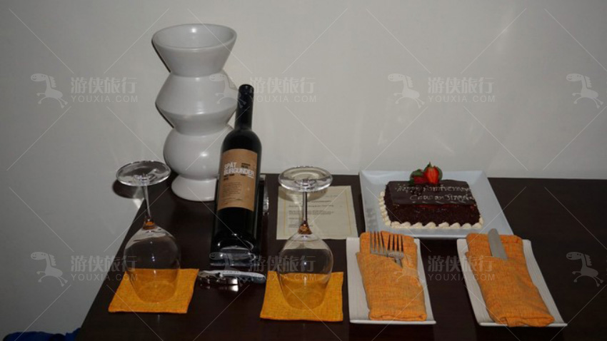 红酒和巧克力蛋糕