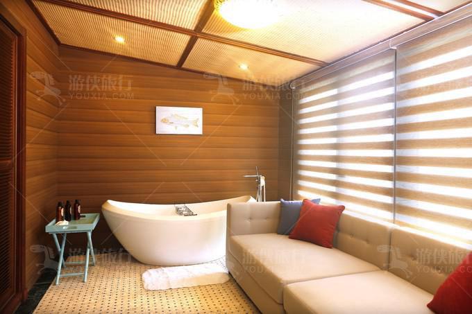 大床房有浴缸