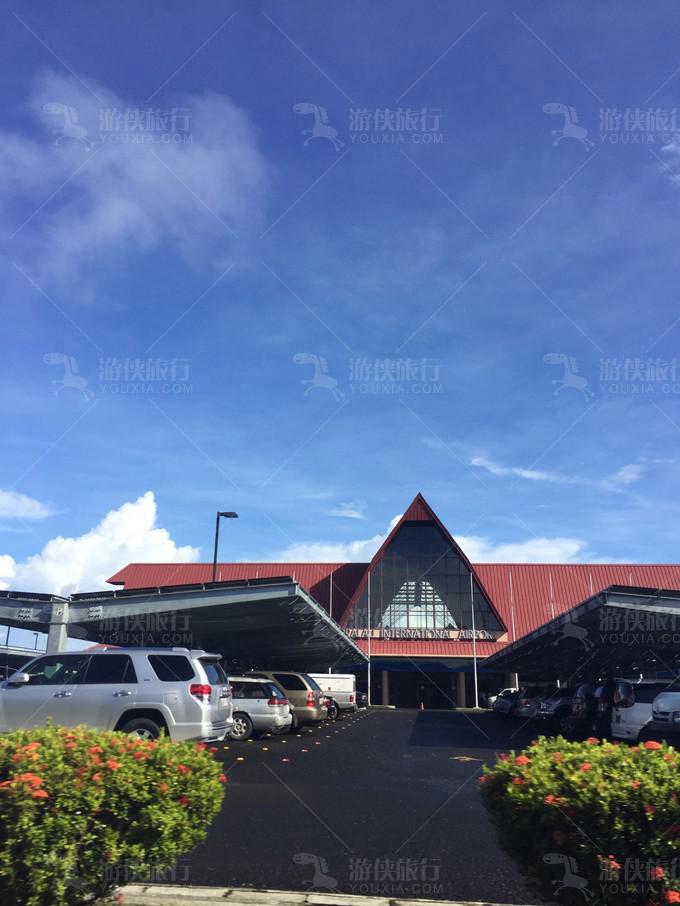 帕劳埃莱机场