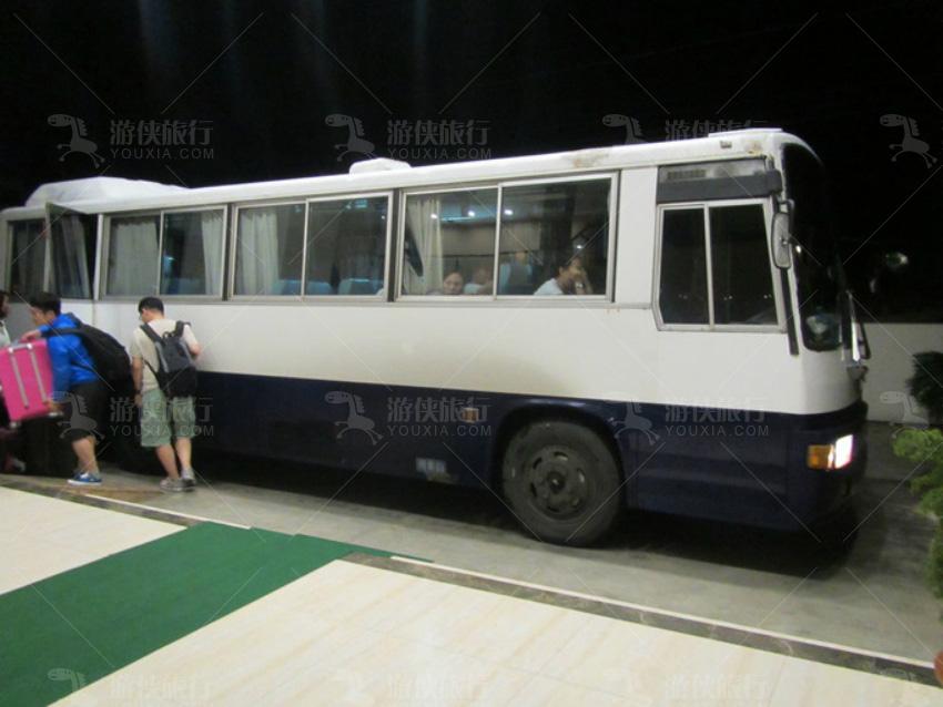 接机的空调巴士