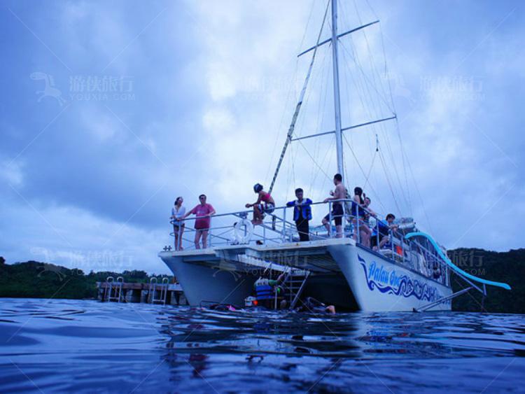 Palau One浮浅船
