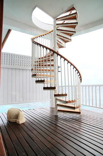 木质螺旋楼梯