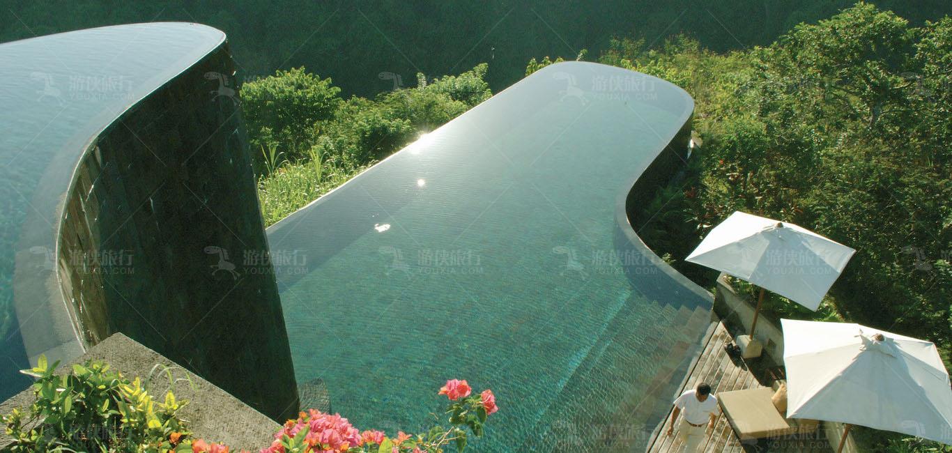 巴厘岛双层无边泳池