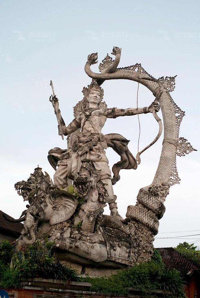 巴厘岛上的神像