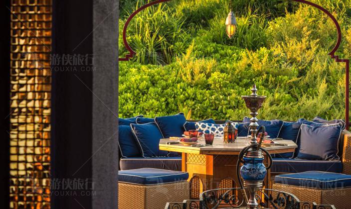 绿色Al Barakat 餐厅