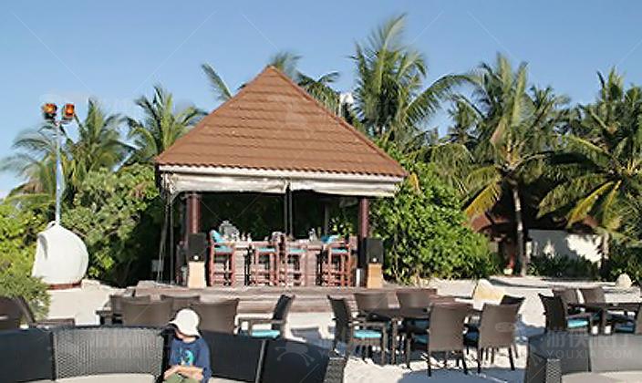 马尔代夫鲁彬逊岛沙滩吧