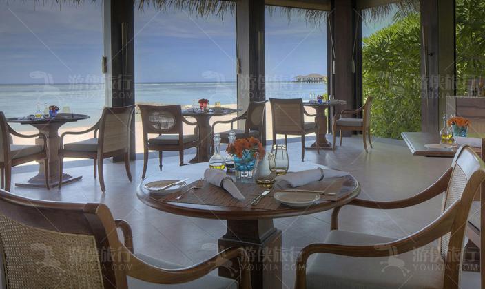 马尔代夫瑞喜敦岛主餐厅