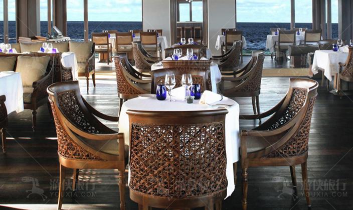 马代瑞喜敦岛餐厅
