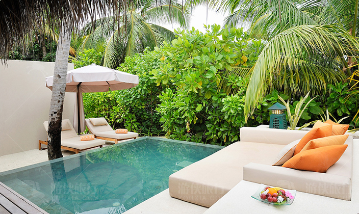 马尔代夫阿雅达岛泳池