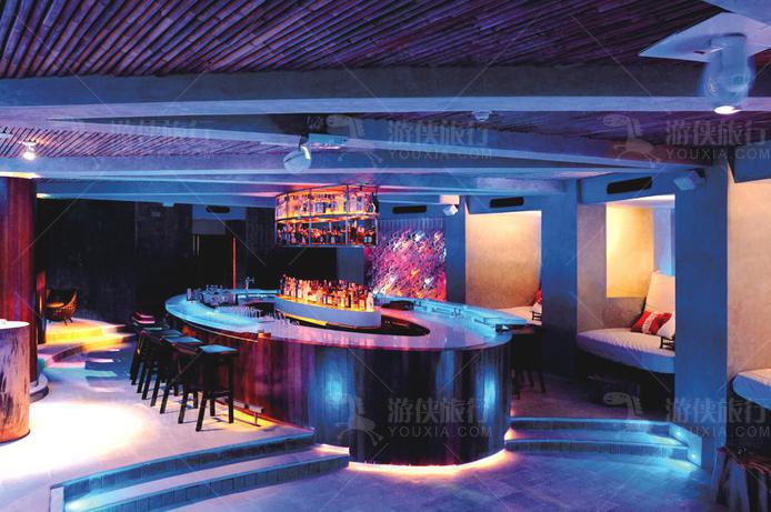 W酒店15 BELOW 酒吧