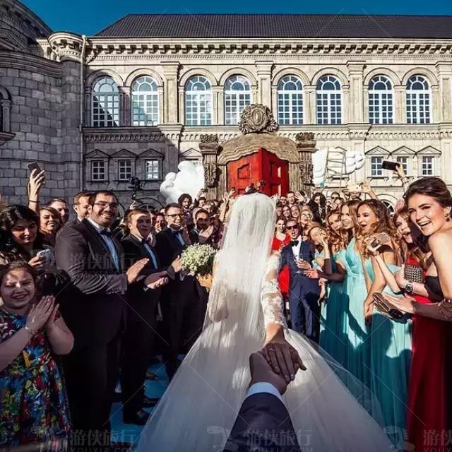 最红情侣的婚礼