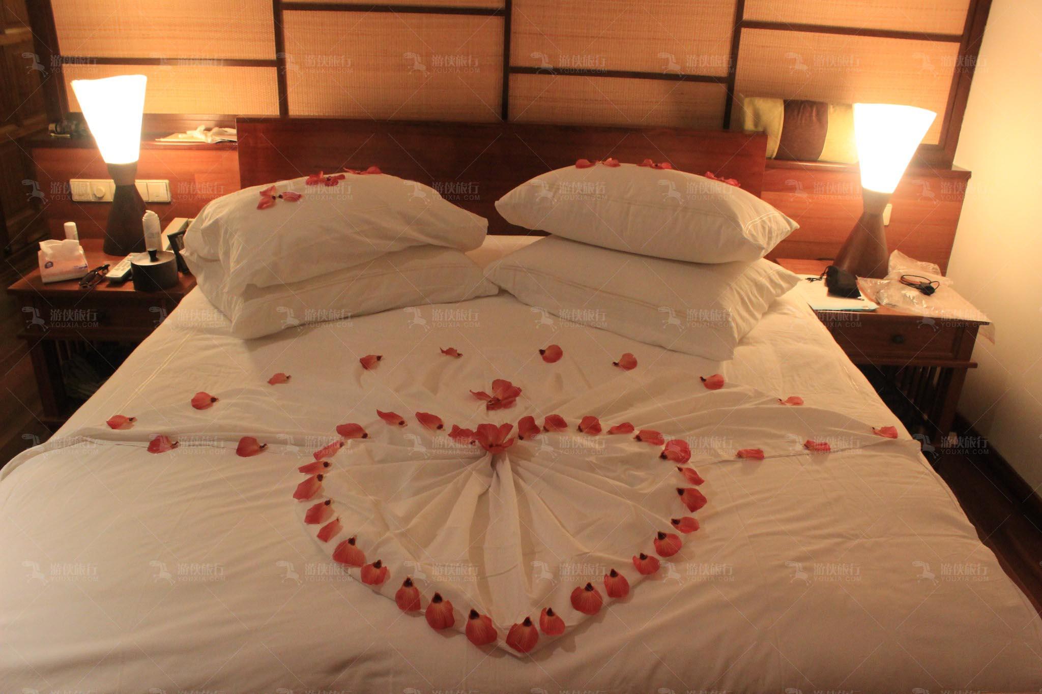 奥臻岛浪漫铺床